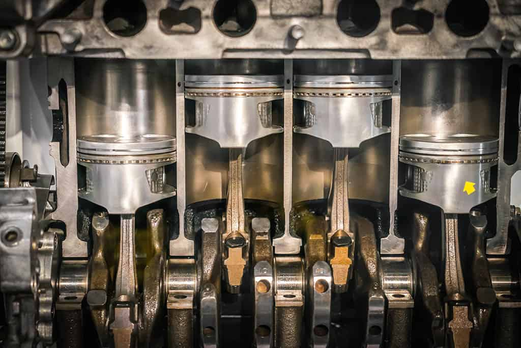 Cross-section of an engine to see how oil reacts.